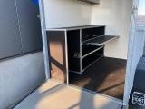 Gesloten bakwagen, aangepast naar wensen klant TA